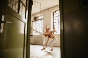 Akrobatik Metamorphosis (8)