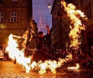 JAGO L-ION Feuershow (7)
